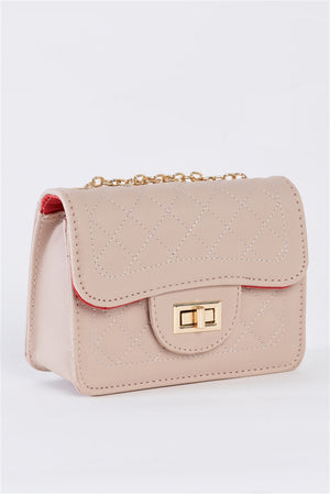 Modern Touch Twist Latch Quilted Leather Bag