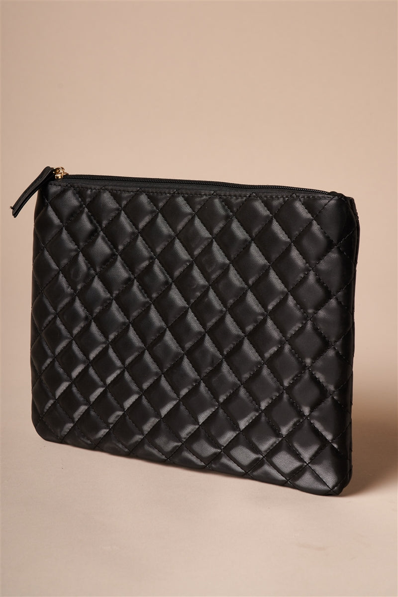 Center Stage Quilted Vegan Leather Clutch (Black)
