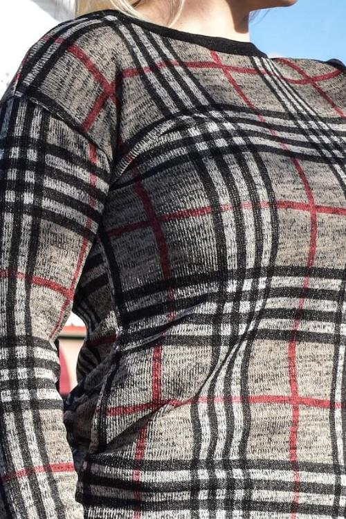 BEIGE PLAID SWEATER WITH POCKETS