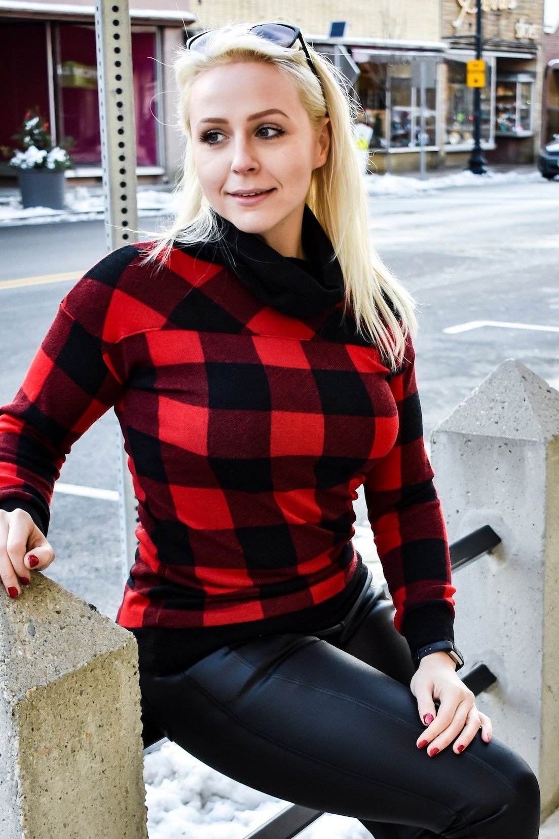 Buffalo Plaid Check Cowl Sweater (Red)
