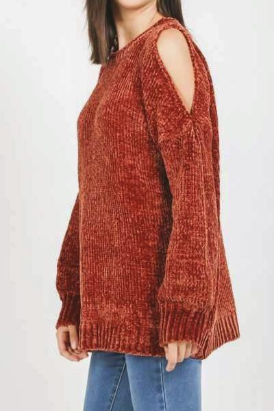 AUTUMN TOUCH COLD SHOULDER CHENILLE SWEATER (RUST)