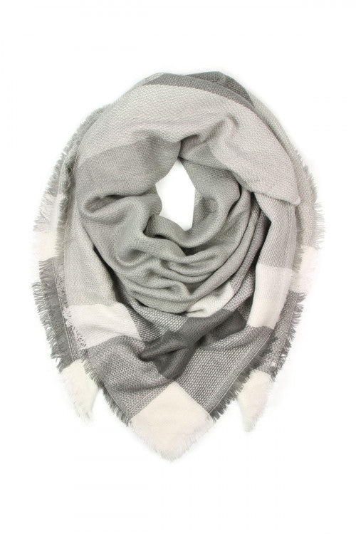 Mountain Babe Plaid Blanket Scarf (Gray)