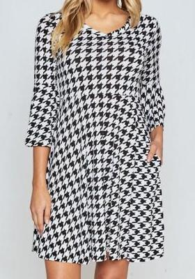 HOUNDSTOOTH FIT & FLARE DRESS