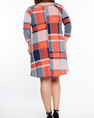 Plaid Cross Neck Pocket Shift Dress (Plus)