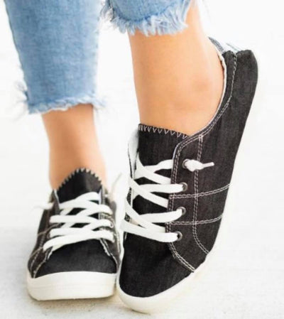 Sneakers (black denim)