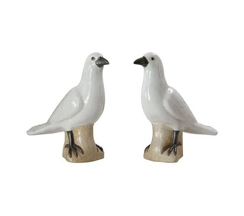 PAIR OF WHITE DOVES