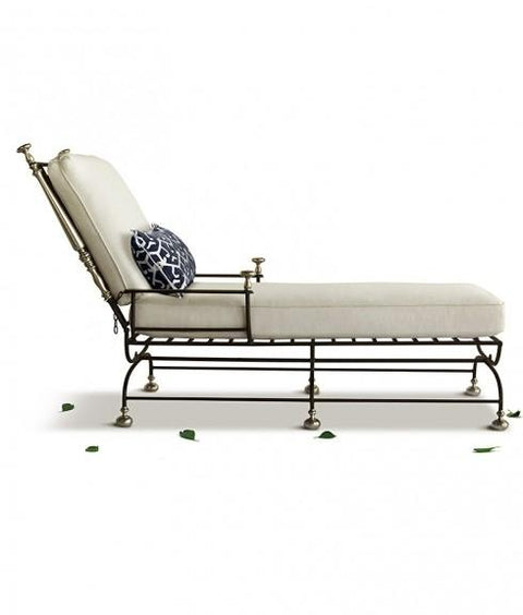 ESTATE CHAISE