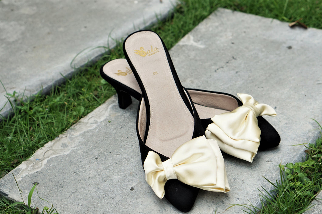 Philippines Pretty Shoes Sala Chaussures Veronica Black suede mules with kitten heels and yellow satin bow