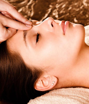 Marma point therapy forehead pressure treatment