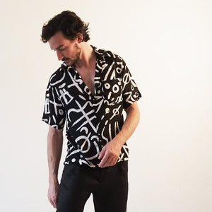 Unisex Cruise Shirt - Verse 2 Black & White