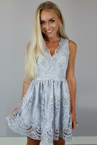 products/ED2013A_Line_Grey_V-neck_Homecoming_Dresses_with_Lace.jpg