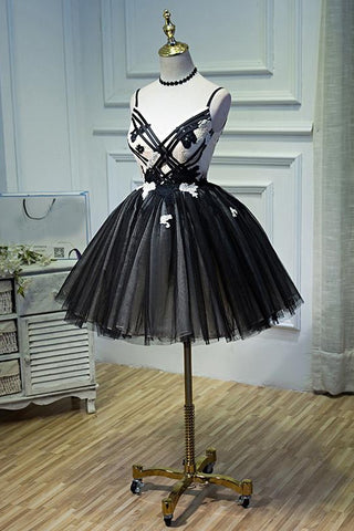 products/ED2099_2Black_and_White_Spaghetti_Straps_Homecoming_Dress_Party_Dresses.jpg