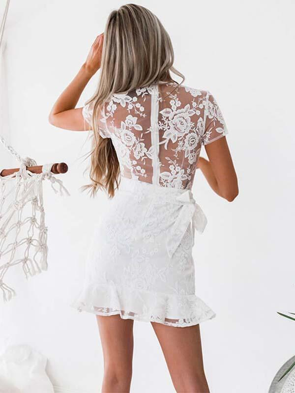 White Short Lace Homecoming Dress with Short Sleeves(SHD19040105)