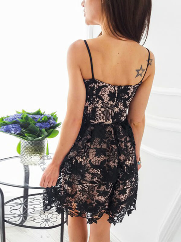 Spaghetti Straps Black Short Lace Homecoming Dress