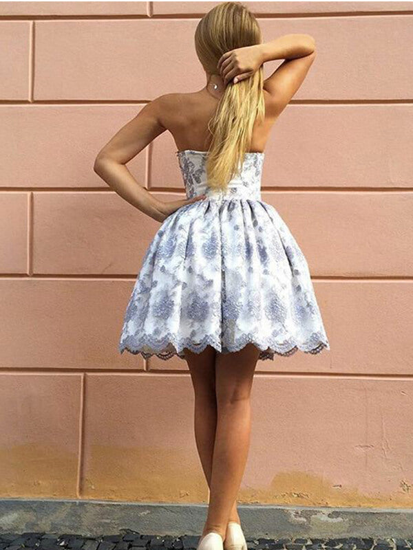 Sweetheart Short Homecoming Dress with Lace