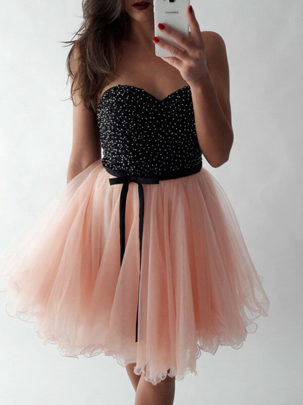 Sweetheart Black Bodice Tulle Homecoming Dress with Beadings