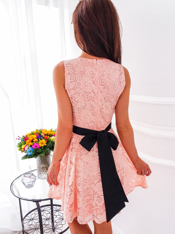 V-neck Pink Lace Homecoming Dress with Knot