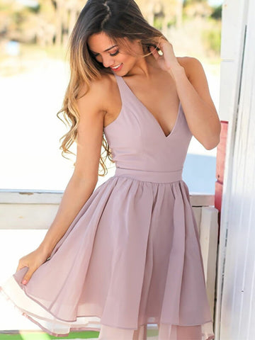 Simple V-neck Short Tulle Homecoming Dress