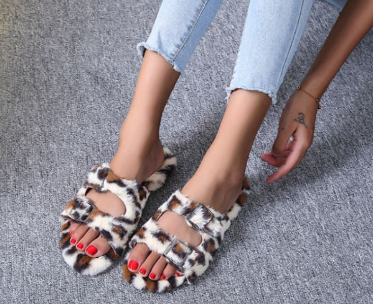 Willow Sliders - Cosy Faux Fur Slippers