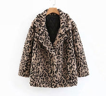 Load image into Gallery viewer, Leopard Print Faux Fur