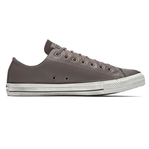 Chuck Taylor All Star Leather Low Top