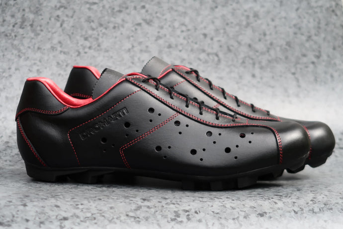 Sportivo Touring. Leather cycling shoes. SPD. Black & red. | DROMARTI