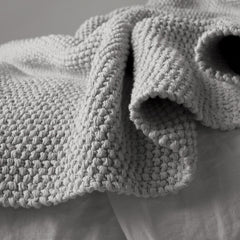 Matteo Knot Throw