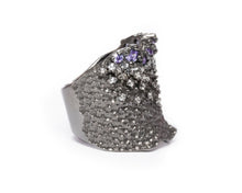 Pacific Shore right view | with Black Rhodium Ring for Women | Kukka Jewelry