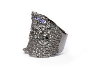 Pacific Shore left view | with Black Rhodium Ring for Women | Kukka Jewelry
