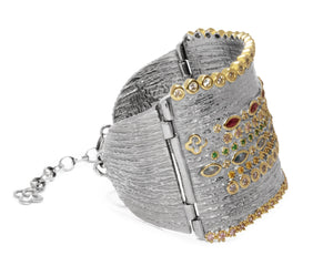 Cuff for Ladies | Thai Splash Majesty side view | with Gold | Kukka Jewelry