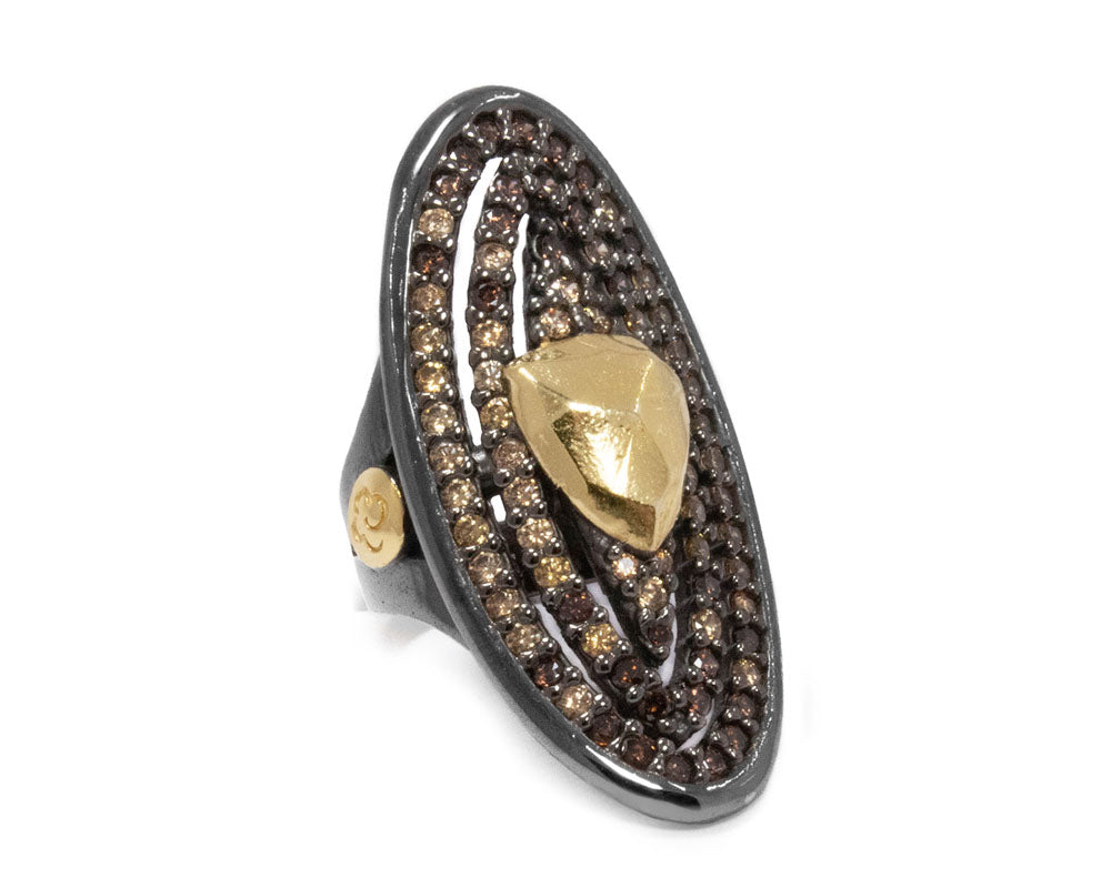 Ring for Women | Shadow Melting Point main view | with Yellow Gold | Kukka Jewelry