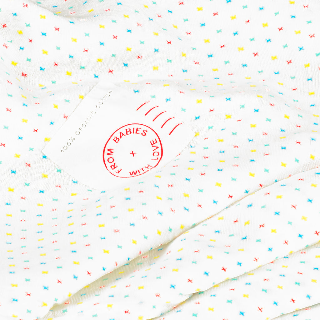 First Kisses Muslin Swaddle Made From 100% Organic Cotton. Free Drawstring Gift Bag and Greetings Card with All Profits To Abandoned Children.