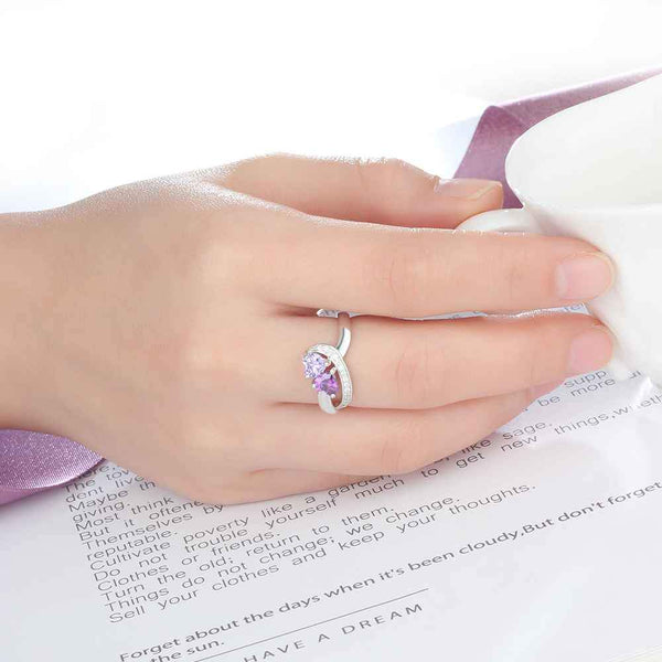personalized ring on model hand glamcarat