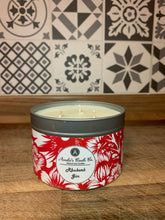 Load image into Gallery viewer, Rhubarb Gin 3 Wick Candle