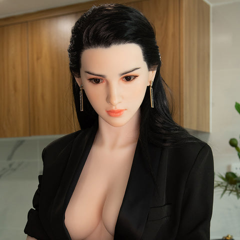 Maddie: 158CM 5FT2 C-Cup Silicone Sex Doll