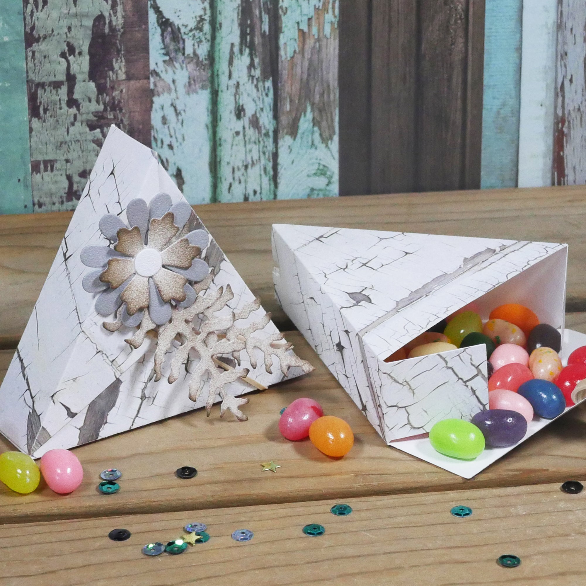 Elizabeth Craft Triangle Box에 대한 이미지 검색결과