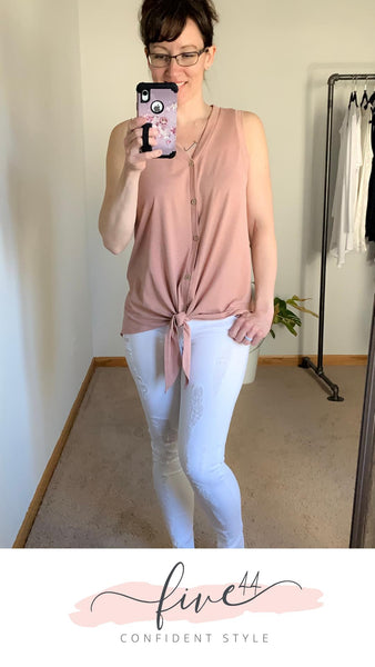 tie front tank, hi-lo hem, mauve, white distressed jeans, boutique near Chicago