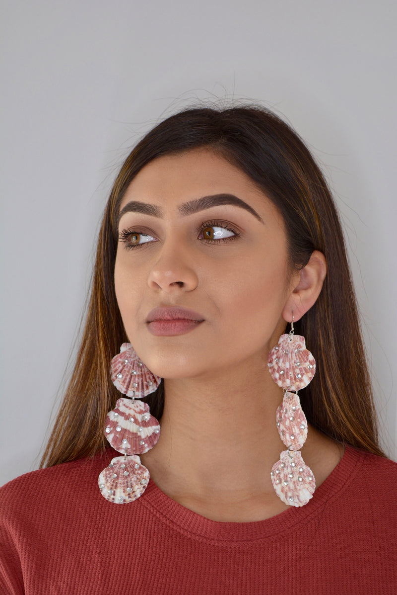 Cream 3 Shell Dropped Style Earrings