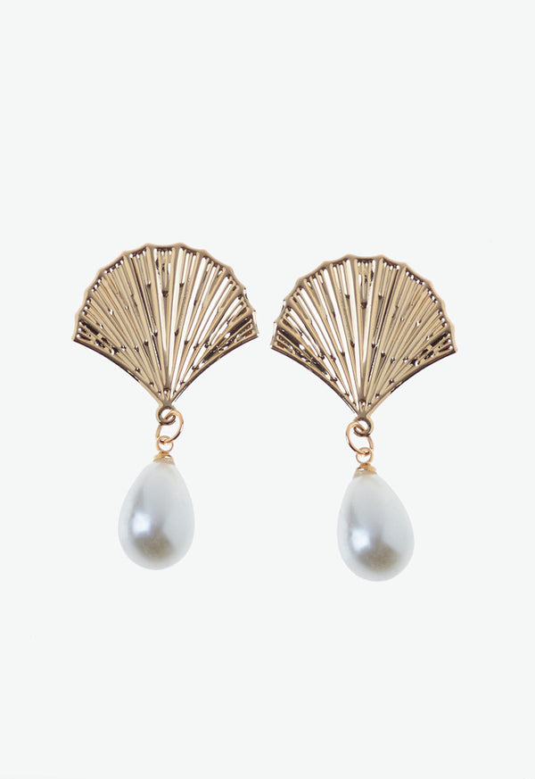 Gold Shell Detail Pearl Drop Earrings