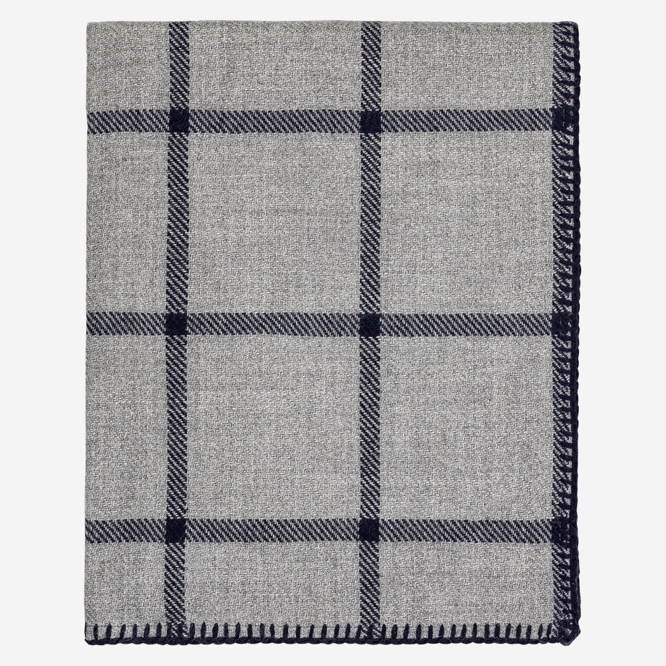 Graydon Throw Light Grey / Navy