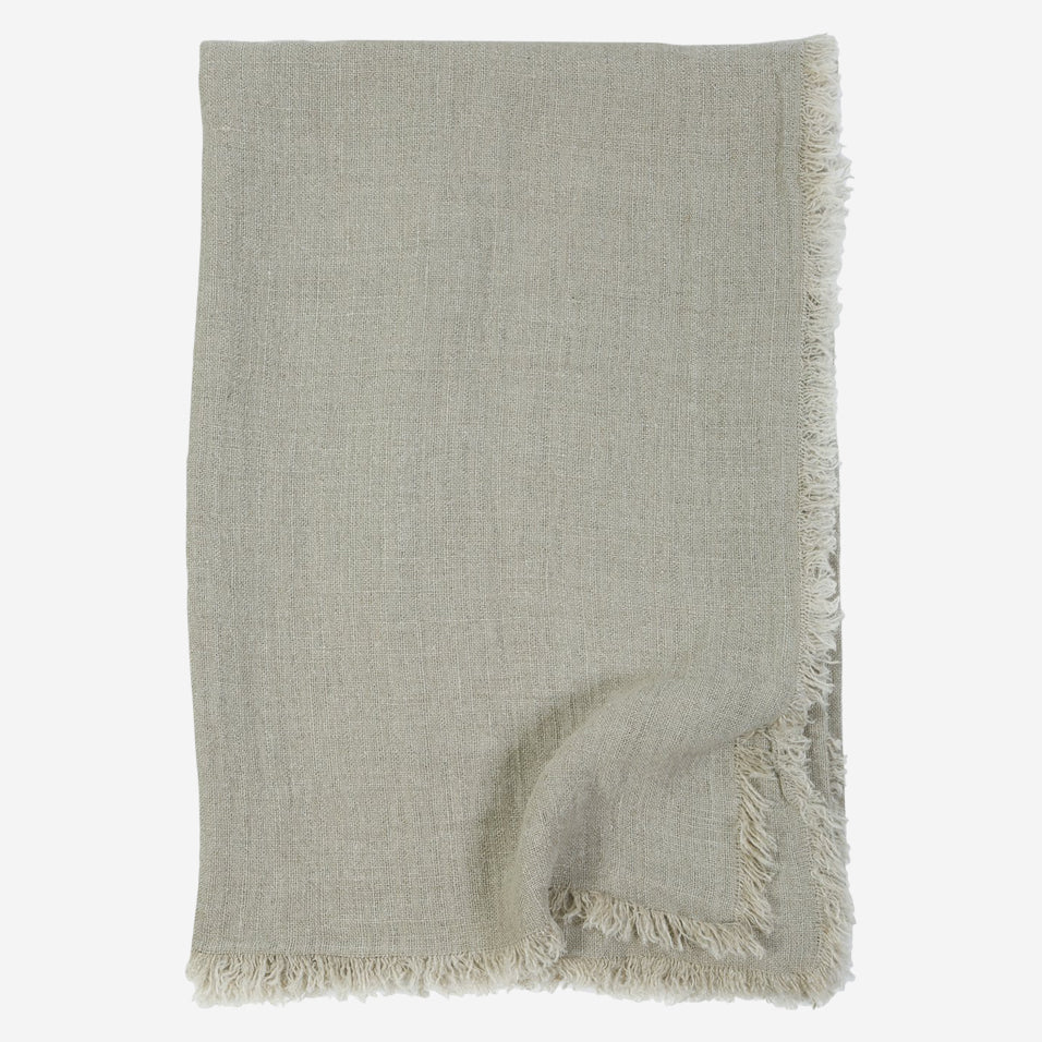Laurel Throw Pebble