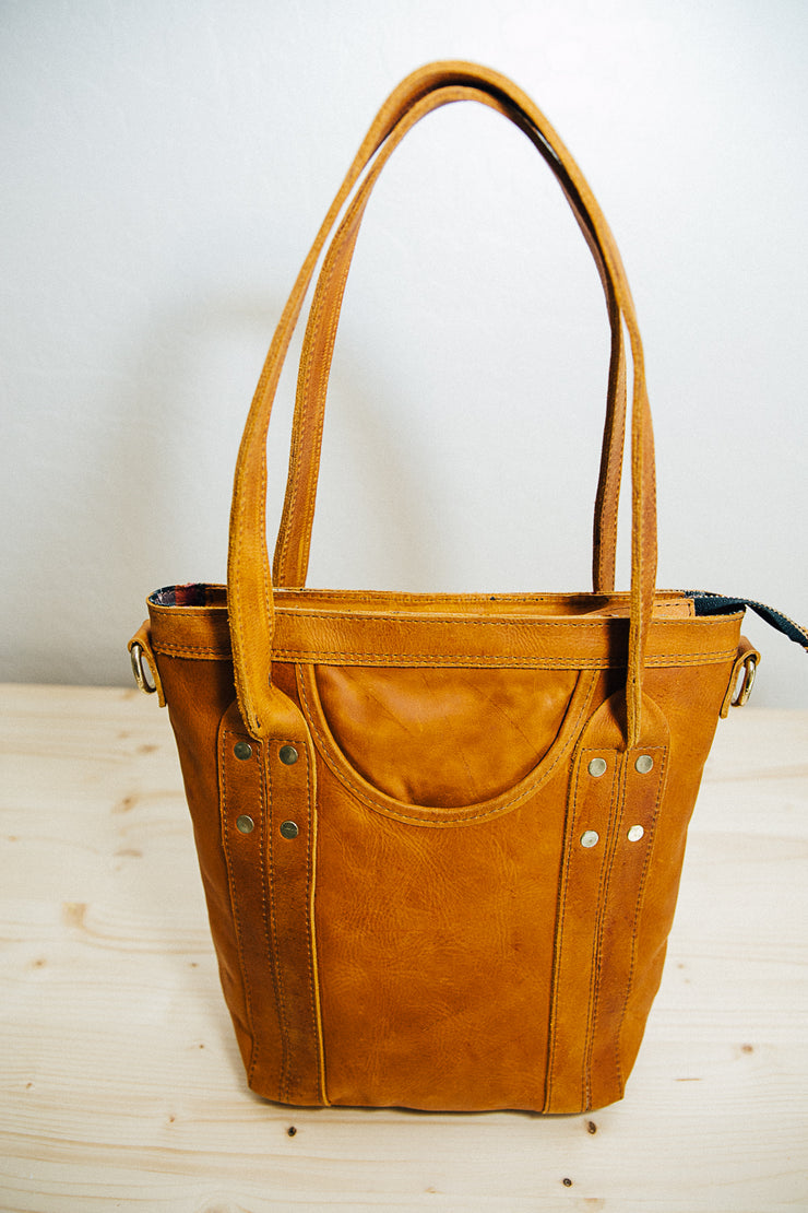 The Mini Traveler Tote-Caitlin