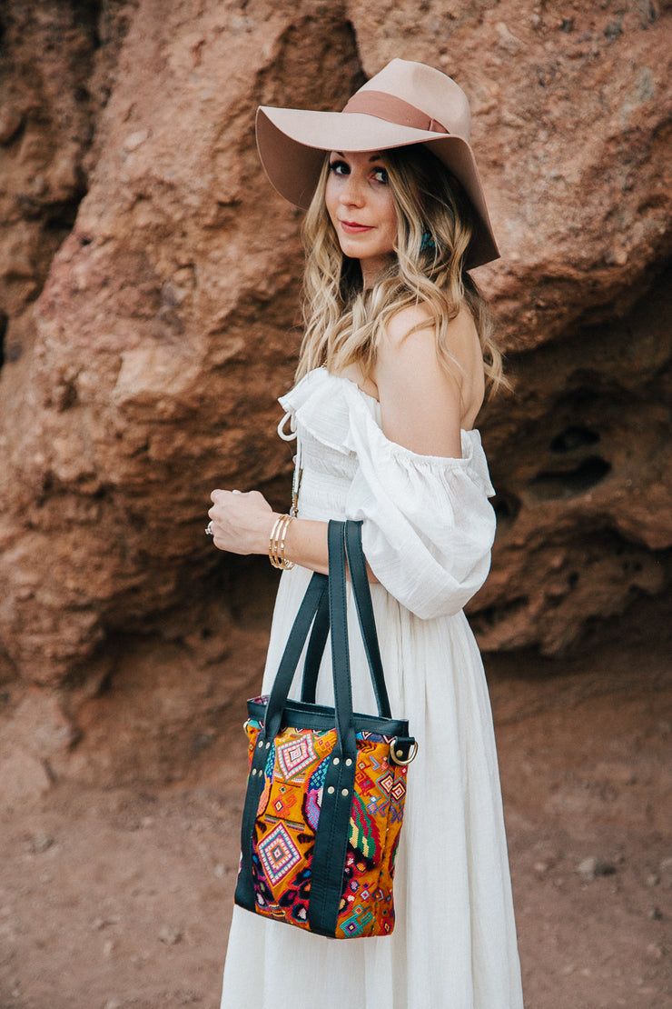 The Mini Traveler Tote-Amanda