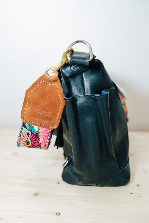 Wanderer- Midnight Full Grain Leather Medium Bag
