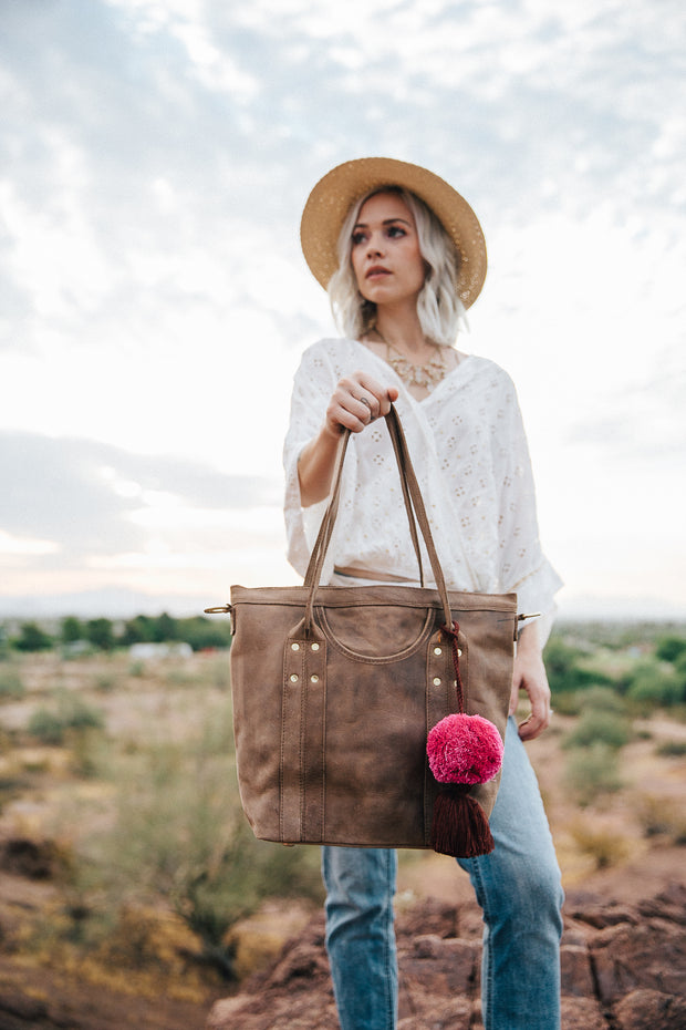 The Traveler Tote-Java