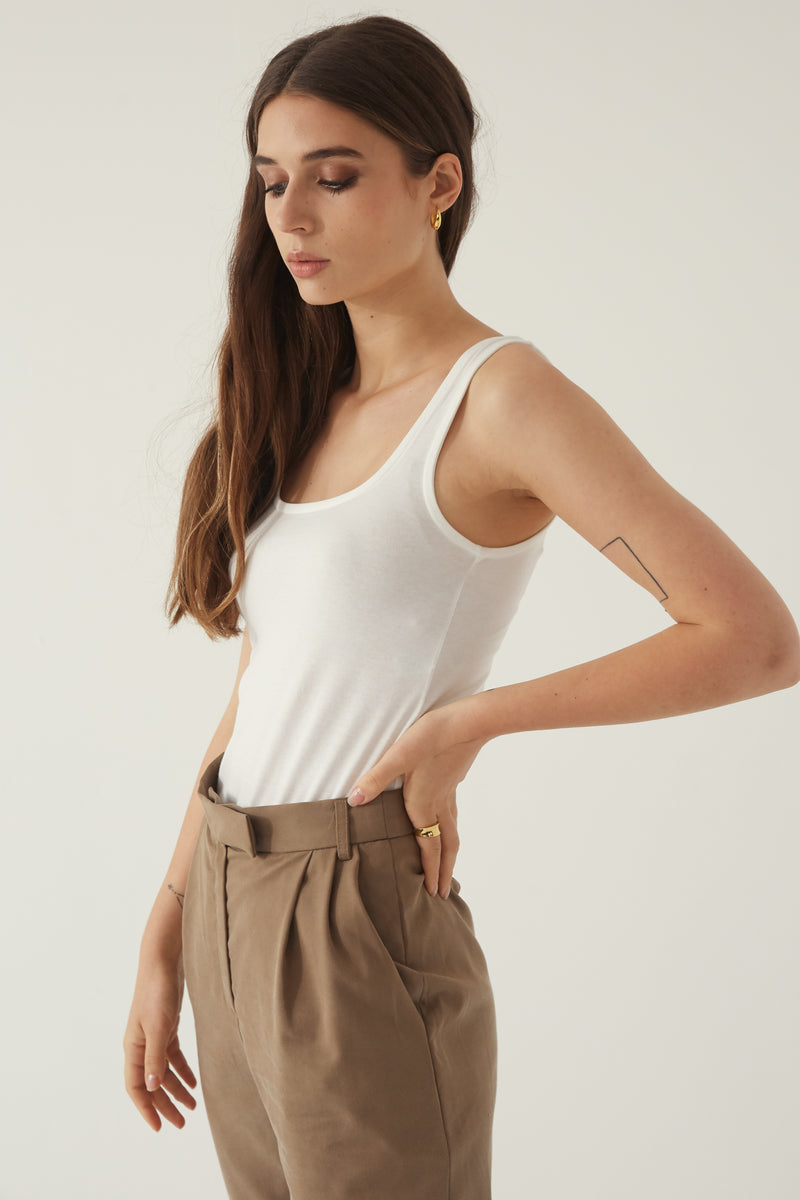 High Waisted Pleated Trouser - Almina Concept