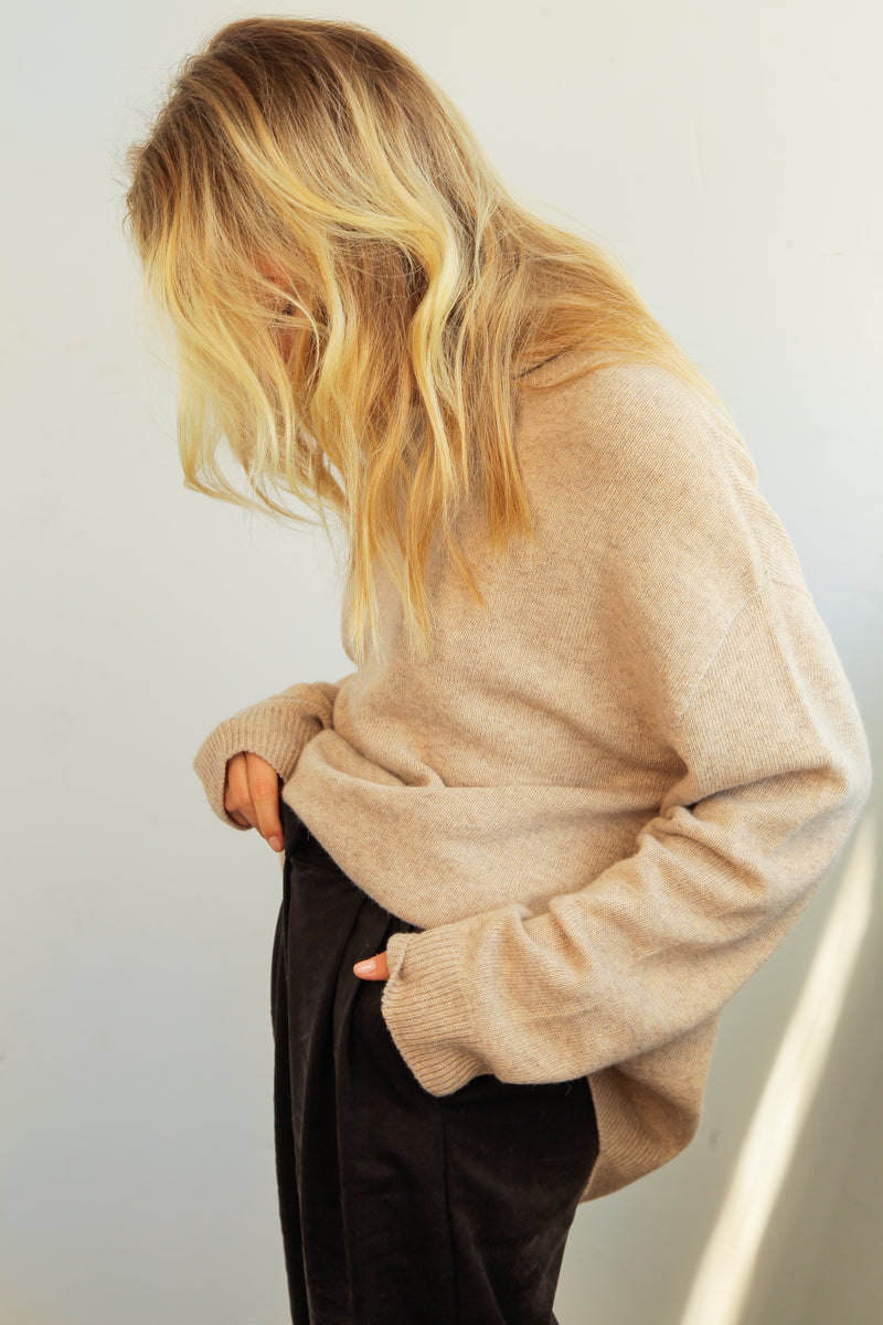 Oversized Wool/Cashmere Turtleneck - Almina Concept
