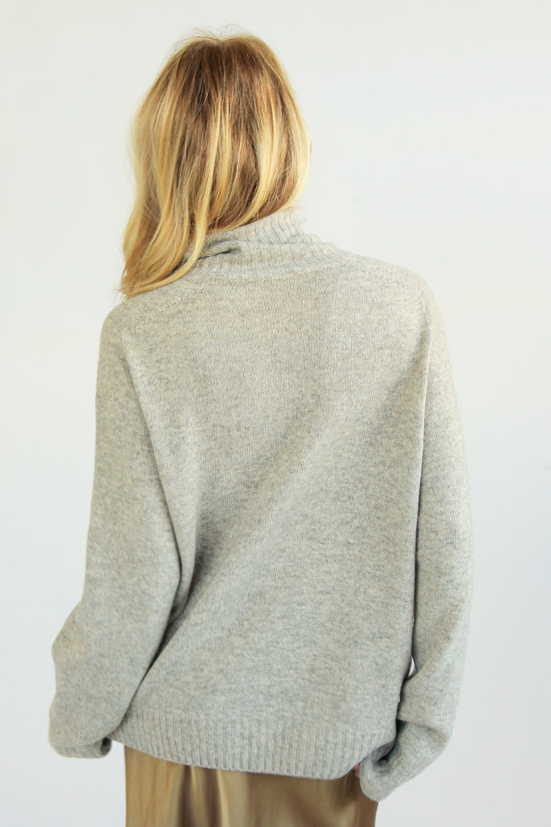 Oversized Wool Turtleneck - Almina Concept