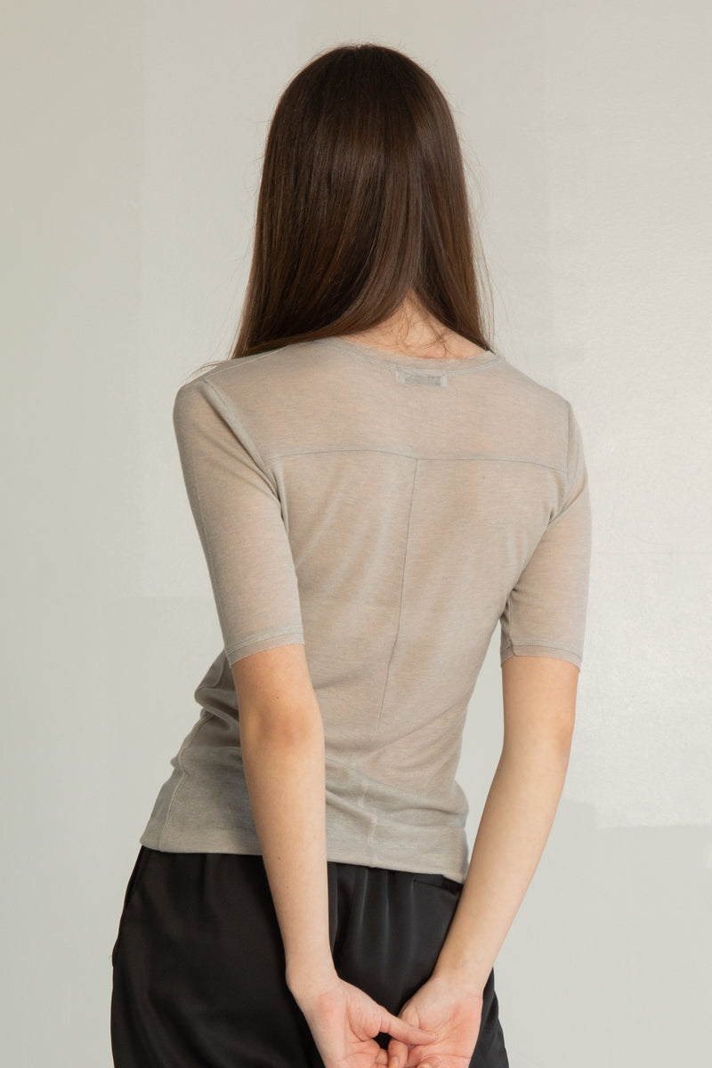 Skin Tight Tee - Almina Concept