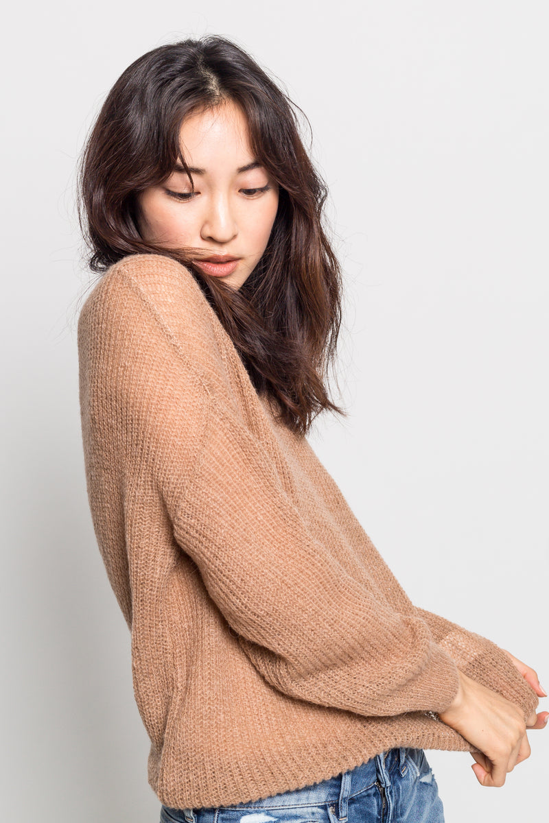 Relaxed Fit Round Neck Sweater - Almina Concept